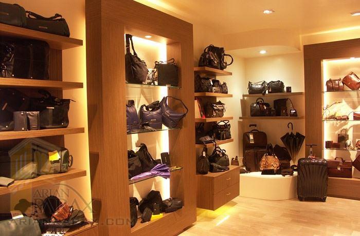 دکوراسیون فروشگاه کیف و کفش