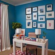 طراحی دیوار و میز اتاق نوجوان