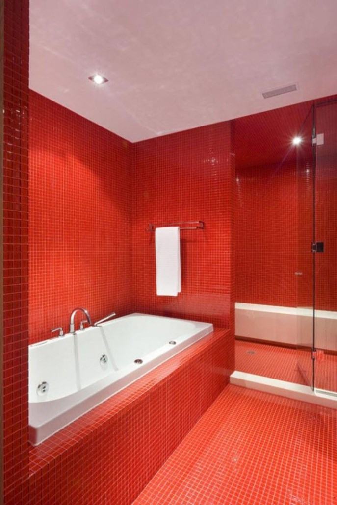 کاشی حمام و سرویس رنگ قرمز
