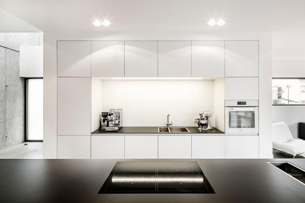 طراحی کابینت آشپزخانه سفید