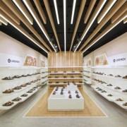 طراحی فروشگاه کفش فروشی