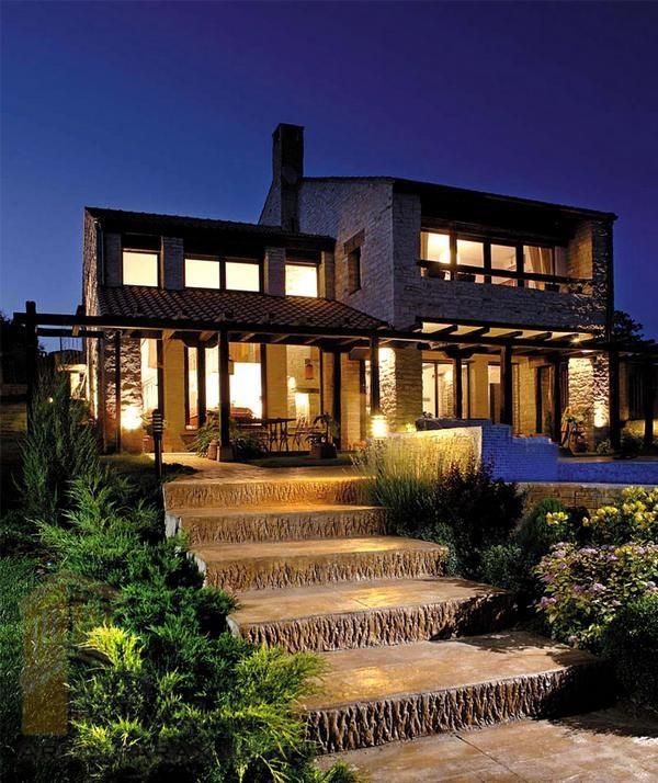 طراحی محوطه باغ ویلا و ساختمان های متفاوت: طراحی محوطه خانه دوبلکس